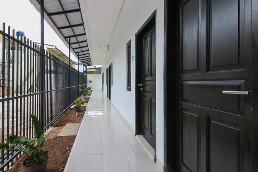 Airy Eco Syariah Serpong Kampung Lengkong Tangerang Selatan Tangerang Selatan - Corridor