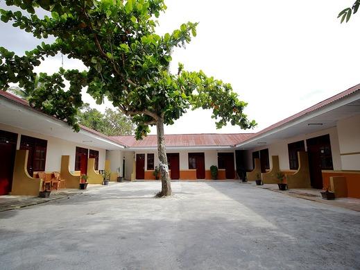 SPOT ON 2647 Anissa Guest House Bengkulu - Facade