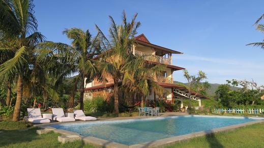 The Tree House Sumbawa Dompu - Pool