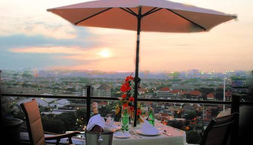 The Alana Surabaya Surabaya - Atap