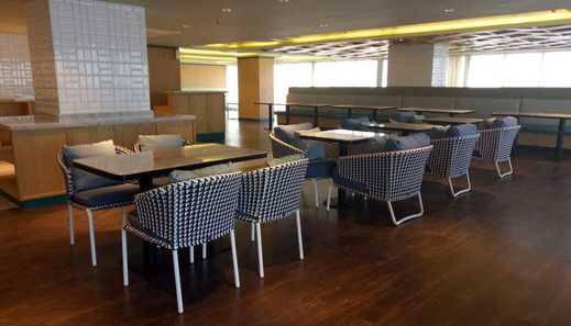 Louis Kienne Hotel Pemuda Semarang - restauran