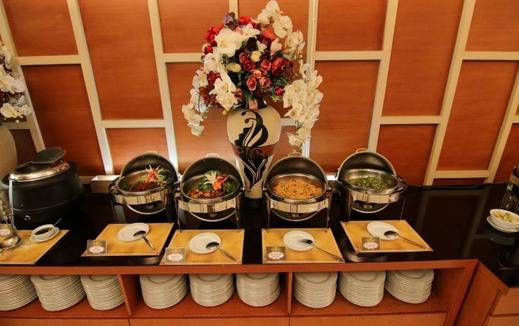 Hotel Istana Tulungagung - Makanan