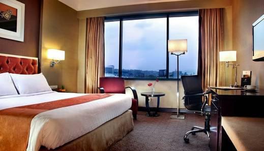 Hotel Ciputra Semarang managed by Swiss-Belhotel Int'l Semarang -