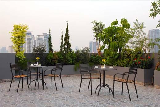 Picasso Inn Jakarta - Terrace/Patio