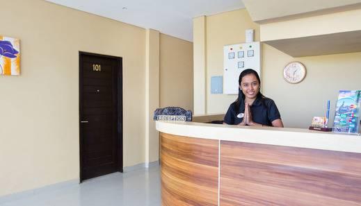 WG Hotel Ungasan Bali - Resepsionis