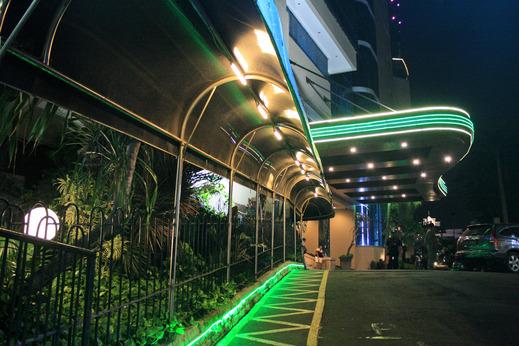 Hotel Tunjungan Surabaya - Kanopi