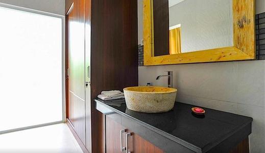 Puri Bagus Villas Legian Bali - Bathroom