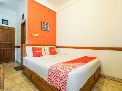 OYO 1945 Hotel Bali Near RS Muhammadiyah Bandung - Bedroom