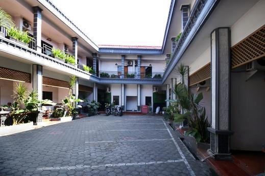 Airy Syariah Mojoroto Semeru 74 Kediri Kediri - Exterior