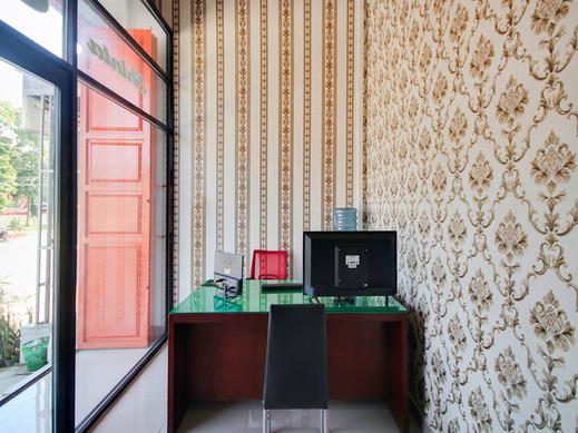 OYO 3844 Shinta Guesthouse Medan - Reception