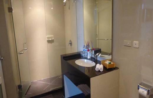Sapadia Hotel Siantar Pematangsiantar - Kamar mandi