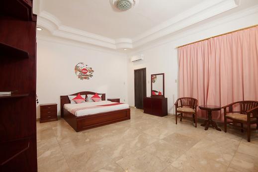 OYO 552 Raz House Medan - Bedroom