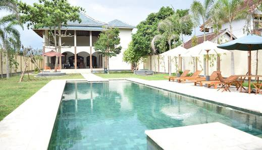 Yamari Villa II Lombok - Pool