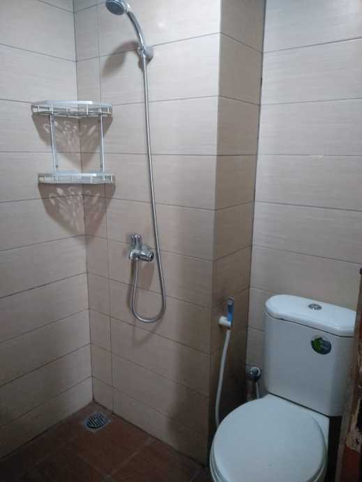 MARGONDA RESIDENCE 4&5 By C&D ROOM RENT Depok - Bathroom