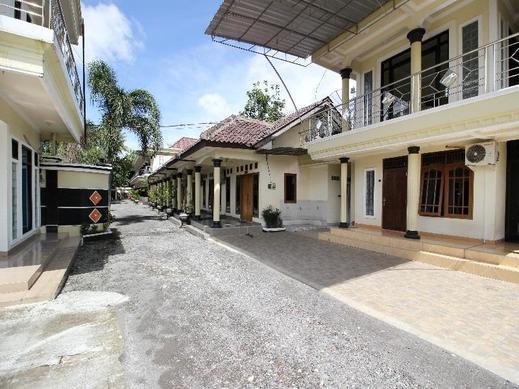 RedDoorz Syariah @ Kompleks Candi Borobudur Magelang - Exterior
