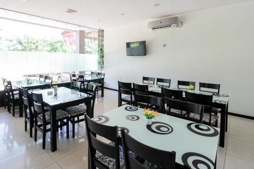 Airy Pandawa Pertokoan Limanda Blok D 6 Batam - Restaurant