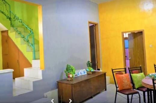 Dul Haus Ir Guest House Syariah Malang - Hotel Around