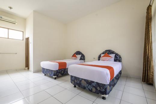 OYO 2346 Hotel Padjadjaran 1 Tasikmalaya - Guest Room