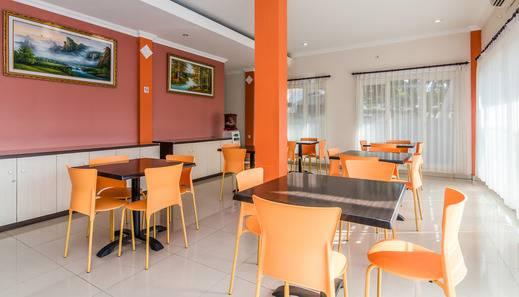 ZenRooms Tuban Dewi Sartika - Restoran