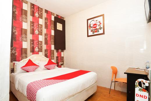 OYO 425 Mojokerto Guesthouse Mojokerto - Bedroom