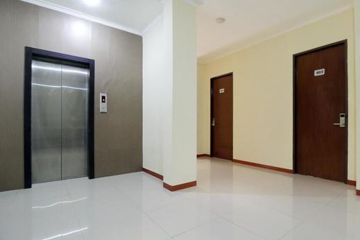 Airy Alun Alun Bojonegoro Trunojoyo 2 - Elevator
