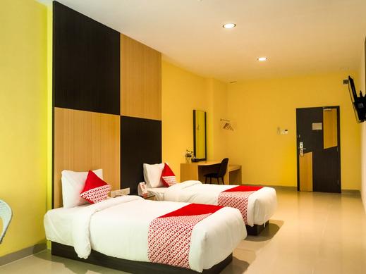 OYO 976 Baloi View Apartment Batam - Bedroom