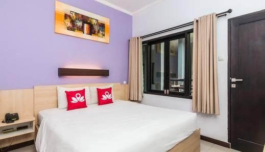 ZenRooms Legian Dewi Sri 2 Bali - Tempat Tidur Double