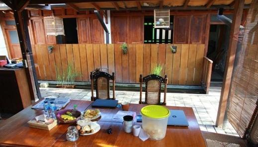 Ndalem MJ Homestay Yogyakarta - Facilities
