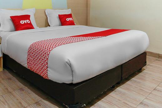 OYO 3476 Millenium Inn Medan - Bedroom
