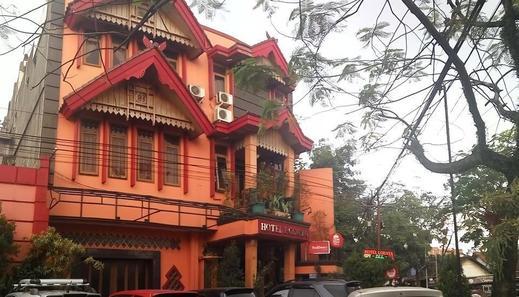 OYO 2706 Hotel Lodaya Syariah Bandung - Facade