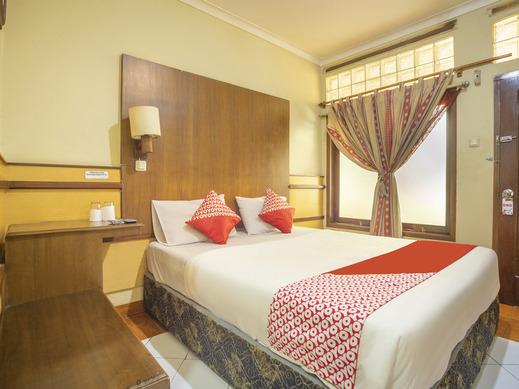 OYO 2706 Hotel Lodaya Syariah Bandung - Standard Double