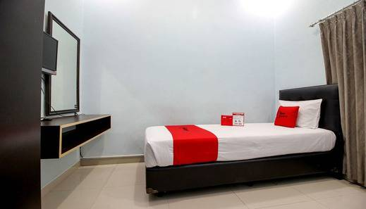 RedDoorz Plus @ Timoho Yogyakarta - Room