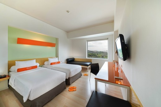 HARRIS Sentul - Harris Room Twin Bed Mountain View