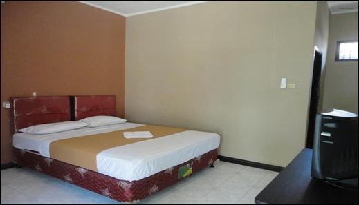 Pakuna Beach Hotel Lombok - room