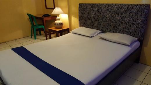Hotel Sentosa Bekasi - Guest room