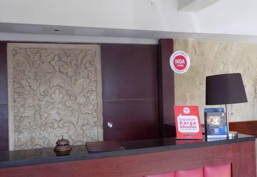 NIDA Rooms Ahmad Yani 65 Karawang - Resepsionis