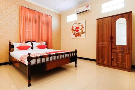 OYO 338 Guest House Omah Manahan Solo - Bedroom