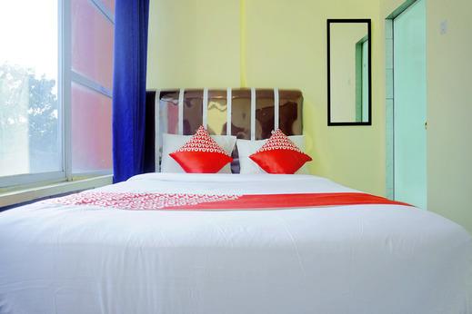 OYO 1192 Lotus Inn Pekanbaru - Bedroom D/D