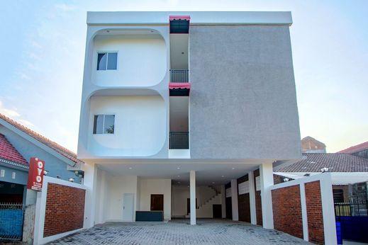 OYO 1319 88 Exclusive Guesthouse Yogyakarta - Facade