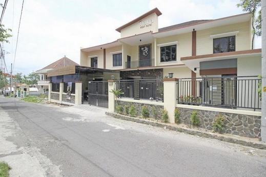 RedDoorz Syariah near UII Jakal Yogyakarta - Exterior