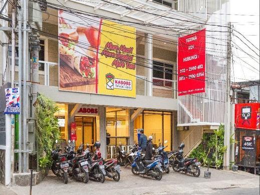 RedDoorz Plus @ Dipatiukur Bandung - Exterior