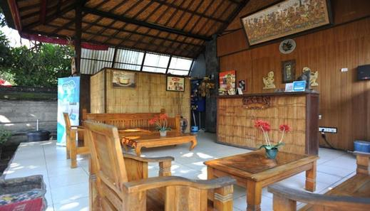 Airy Kuta Kubu Anyar 27 Bali - Lobby