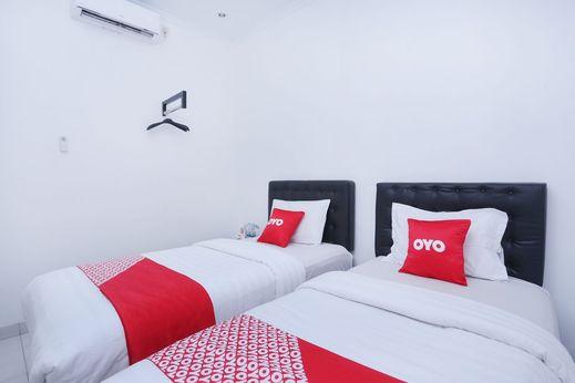 OYO 426 Hotel Gading Resto Near RSUD Kota Yogyakarta Yogyakarta - Bedroom