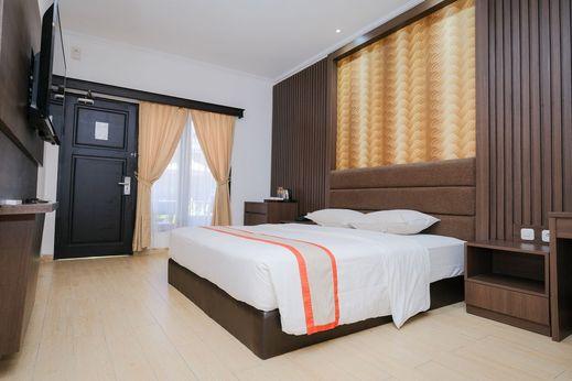 The Grand Palace Hotel Yogyakarta Jogja - Deluxe Room