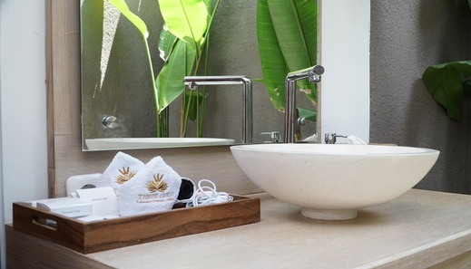 Three Gold Luxury Private Villas Bali - Bathroom