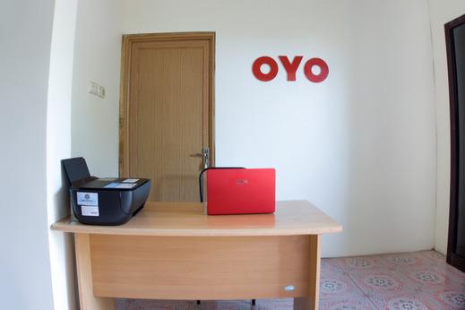 OYO 3095 Semarapura Homestay Makassar - Reception