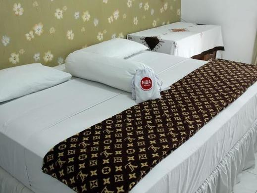 NIDA Rooms Sutomo 4 Klojen - Kamar tamu