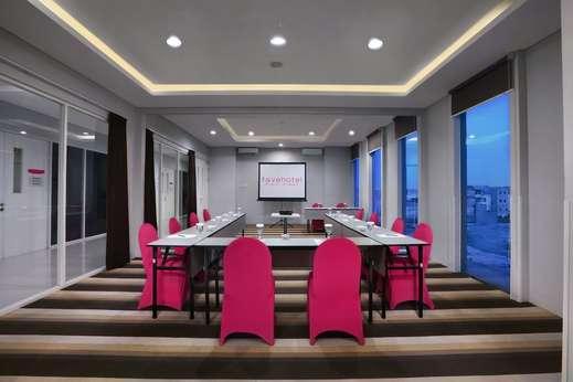 favehotel Rungkut Surabaya - Meeting Facility