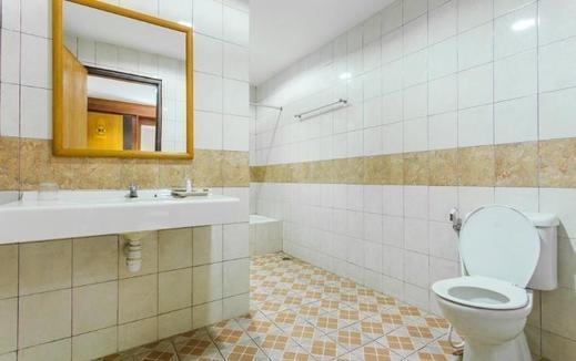 Hotel Bintang  Balikpapan - Bath Room