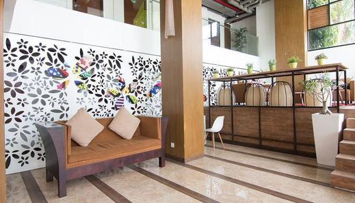 ZenRooms Seminyak Werkudara Bali - Lobi